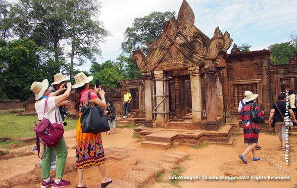柬埔寨吳哥旅遊Banteay Srei女皇宮18.jpg