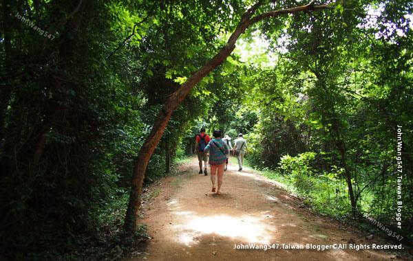 柬埔寨吳哥旅遊Banteay Srei女皇宮27.jpg