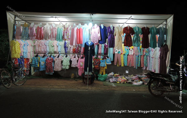 Angkor Local Night market3.jpg