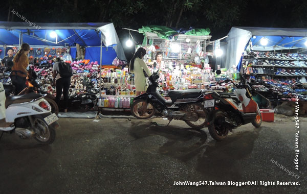 Angkor Local Night market4.jpg