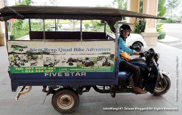 柬埔寨吳哥雙條車2.jpg