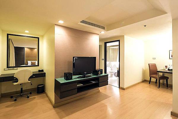 Aspen Suites Sukhumvit ROOM