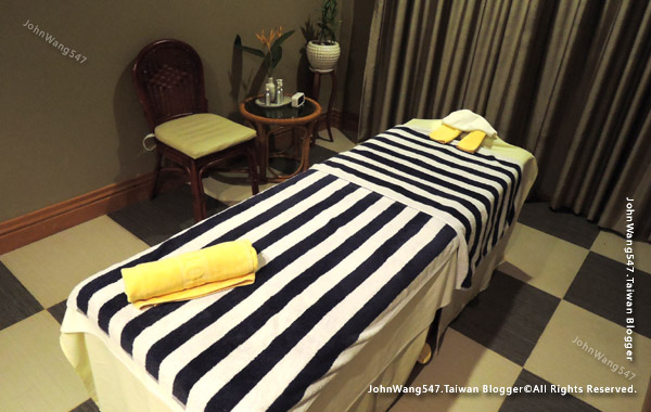 Jasmine Spa massage room Sokha Siem Reap Resort.jpg