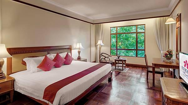 Sokha Angkor Resort room.jpg
