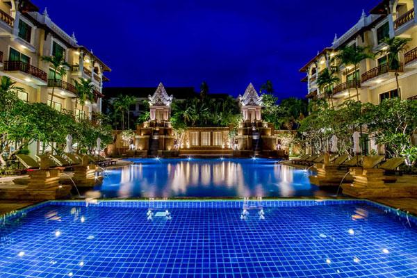 Sokha Angkor Resort pool1.jpg
