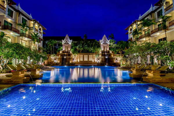 Sokha Angkor Resort pool1.jpg