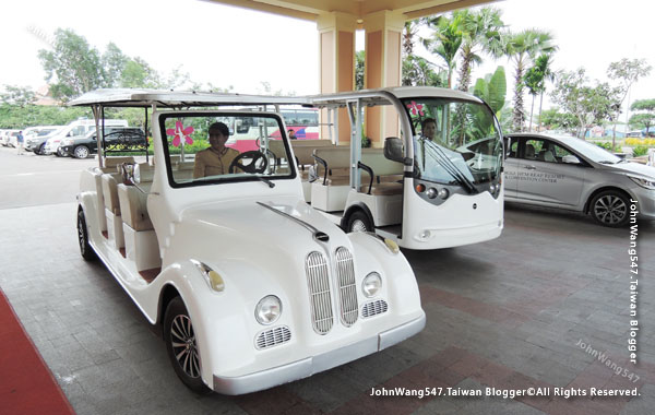 Sokha Siem Reap Resort shuttle bus.jpg