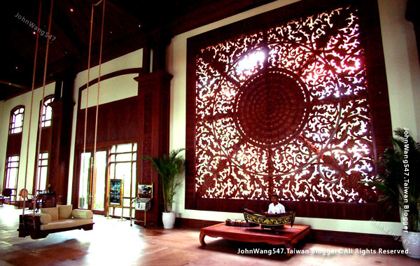 Sokha Siem Reap Resort lobby music.jpg