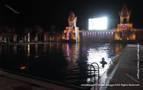 Sokha Siem Reap Resort pool night.jpg