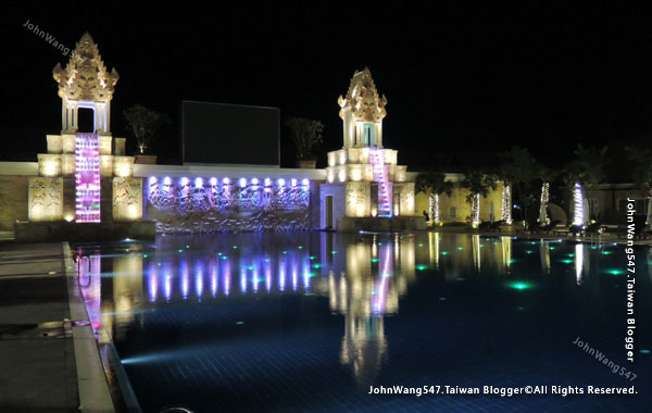 Sokha Siem Reap Resort pool night1.jpg