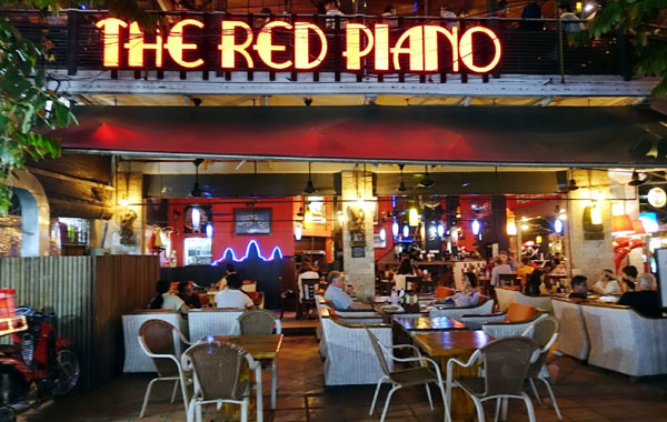 Angkor Red Piano Bar@Angkor Siem Reap Night Market