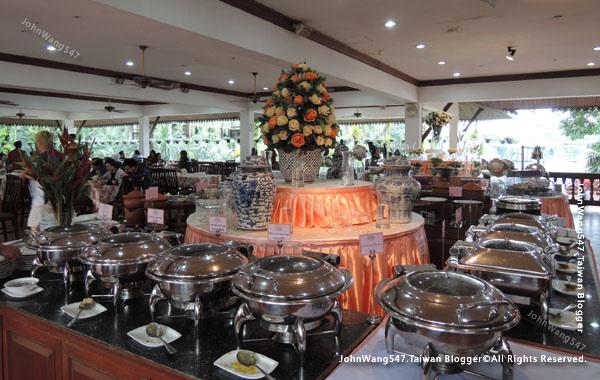 Pattaya NongNooch Plub Plueng Restaurant2.jpg