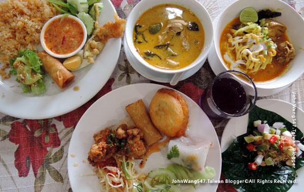 Pattaya NongNooch Plub Plueng Restaurant6.jpg