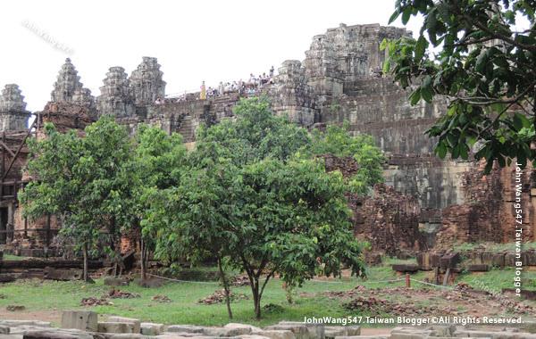 巴肯寺Phnom Bakheng巴肯山.jpg