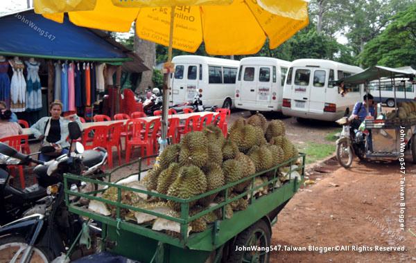 巴肯寺Phnom Bakheng巴肯山market.jpg