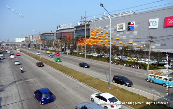 Seacon Square Srinakarin bangkok mall2.jpg