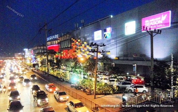 Seacon Square Srinakarin bangkok mall3.jpg