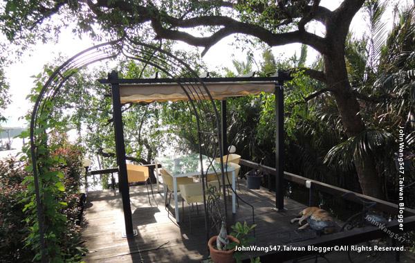 Bangkok Tree House cafe2.jpg