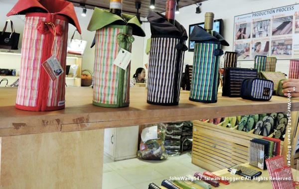 SUSU I love Cambodia Store2.jpg