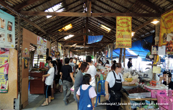Bang Nam Pheung Floating Market32.jpg