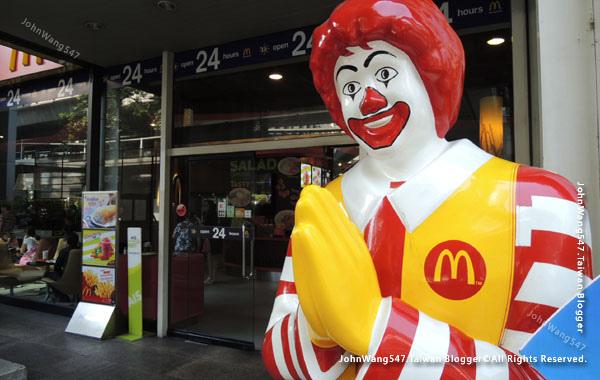 Thailand McDonalds 泰國麥當勞叔叔Amari.jpg