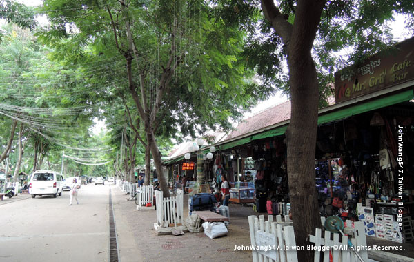 Siem Reap Art Center Night Market.jpg
