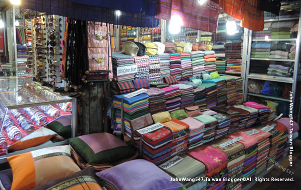 Angkor Siem Reap Market12.jpg