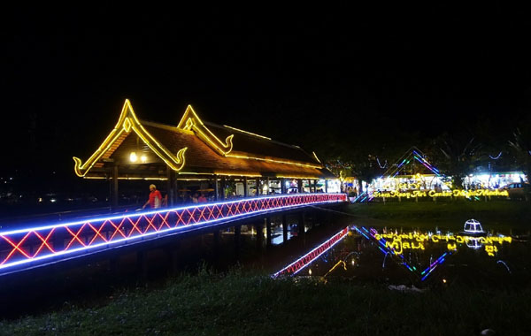 Siem Reap Art Center Night Market2.jpg