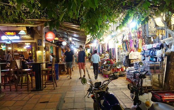 Siem Reap Night Market3.jpg