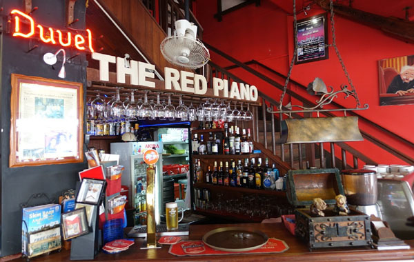 Red Piano Bar-Angkor Siem Reap2.jpg