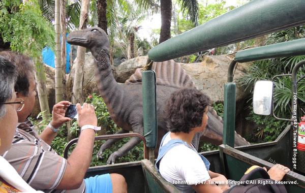 Siam Park City Jurassic Adventure2.jpg