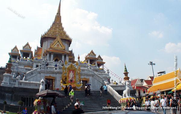 Wat Traimit Hua Lamphong.jpg