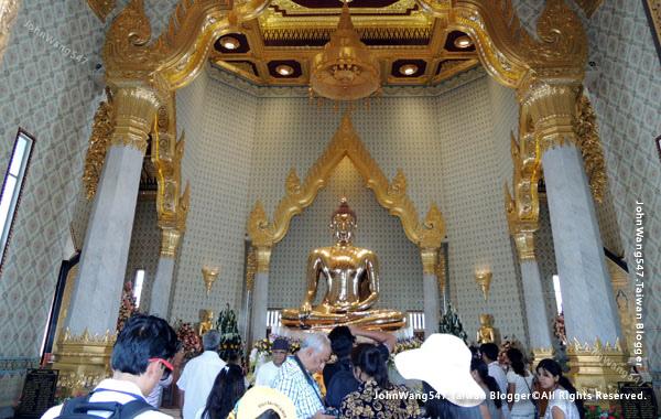 Wat Traimit Golden Buddha Bnagkok1.jpg