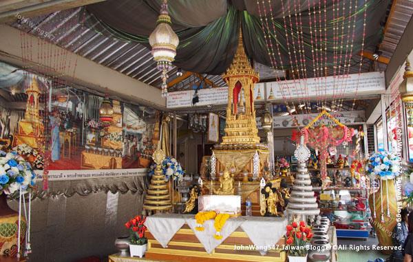 Wat Traimit Golden Buddha Bnagkok14.jpg