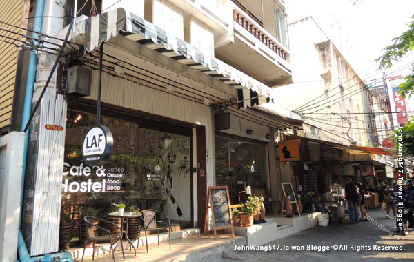 Thai Cat Hostel,LAF Cafe Hostel Pratunam.jpg
