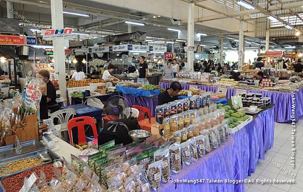 Or Tor Kor Market Bangkok2.jpg
