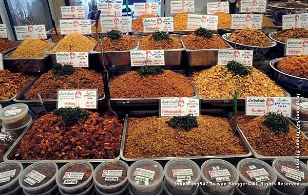 Or Tor Kor Market Bangkok4.jpg
