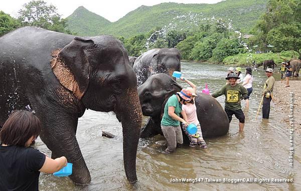 大象與象夫的鉤子棒子1.jpg