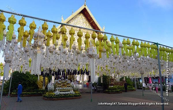 Wat Phra That Hariphunchai Lamphun12.jpg
