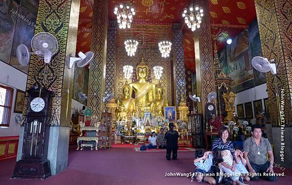 Wat Phra That Hariphunchai Lamphun13.jpg