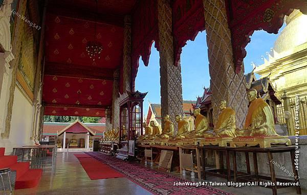 Wat Phra That Hariphunchai Lamphun15.jpg