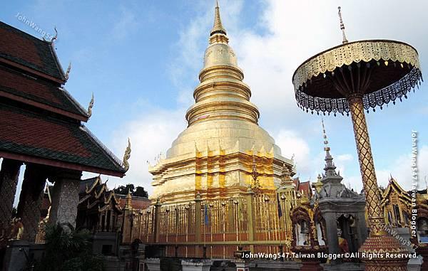 Wat Phra That Hariphunchai Lamphun19.jpg