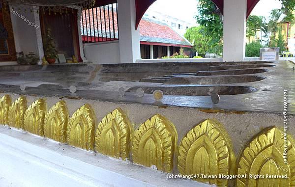 Wat Phra That Hariphunchai Lamphun22.jpg