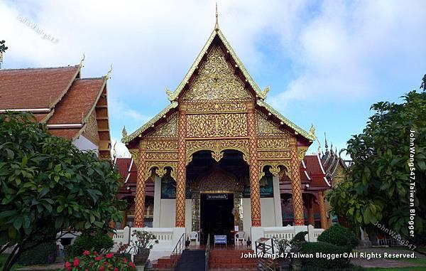 Wat Phra That Hariphunchai Lamphun24.jpg