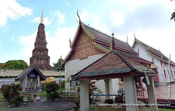 Wat Phra That Hariphunchai Lamphun26.jpg