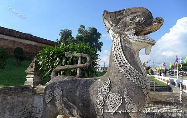 Wat Phra That Lampang Luang3.jpg