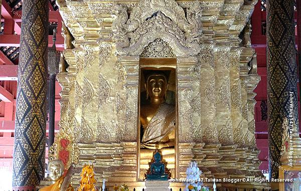Wat Phra That Lampang Luang10.jpg