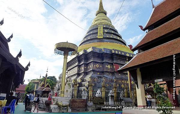Wat Phra That Lampang Luang23.jpg