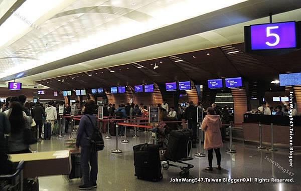 Thai Airways搭乘泰航經驗談桃園機場1.jpg