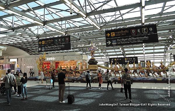 Thai Airways搭乘泰航經驗談BKK機場2.jpg